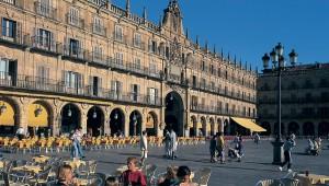 De Plaza Mayor, het meest gezellige plein van Salamanca en het mooiste van Spanje.