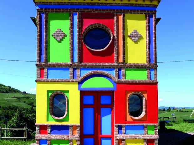 De roemrijke kapel van het   Brits-Amerikaanse kunstenaarsduo LeWitt & Tremlett.
