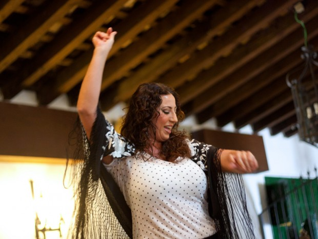 In Jerez, de bakermat van de Flamenco,kan je overal mooie optredens bijwonen.